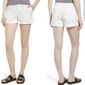 Nordstrom Signature | Patch Pocket White Shorts